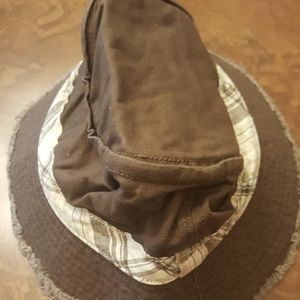 NWT Gymboree boys brown hat, size 5-7 years